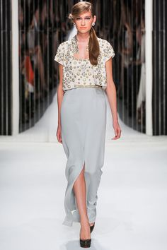 Jenny Packham - Spring Summer 2013 Ready-To-Wear - Shows - Vogue. Fashion Show, Fashion Looks, Fashion Outfits, Fashion Design, Women's Fashion, Diana, Going Out Outfits, Classy Casual, Jenny Packham