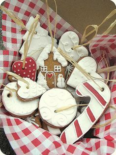 Gingerbreads <3 by Maria Olejniczak, via Flickr