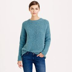 This sweater is made with a special wool and alpaca bouclé yarn and has a flattering high-low hem. Jcrew 85-30%
