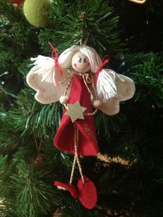 angel Diy Christmas Angel Ornaments, Christmas Bells, Felt Ornaments, Christmas Angels, Christmas Art, Christmas Craft Projects, Christmas Crafts, Felt Decorations, Christmas Decorations