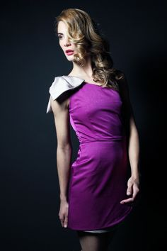 "Vestido bicolor asimétrico con lazo. Modelo Alena - ""Moments P/V"" 2014 -Apparentia Collection"