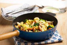 Pølsegryte med makaroni Middag for under My Recipes, Food Inspiration, Potato Salad, Food And Drink, Pasta, Dessert, Meat, Chicken, Ethnic Recipes