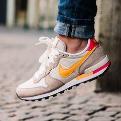 love the color combo // Nike Internationalist, men's sneakers