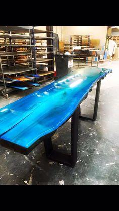 Resin Furniture, Log Furniture, Painted Furniture, Furniture Design, Furniture Inspiration, Home Decor Inspiration, Diy Resin Table, Wood Sealer, Esstisch Design