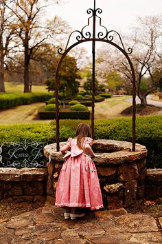 love the fairytale session concept for little princesses-