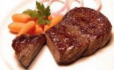 COMIDINHAS FÁCEIS: Alcatra na maionese no forno Mais I Love Food, Good Food, Yummy Food, Carne Asada, Stewing Steak, Braised Steak, Meat Recipes, Cooking Recipes, Portuguese Recipes
