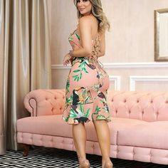 SEXY AND CHIC    a inspiração dessa quinta e a MA-RA-VI-LHO-SA @jamilealima como nosso dress midi, a print é exclusiva e a modelagem é perfeita. #tendencia #amobaruc❤️ #vemver #summer19