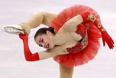 Alina Zagitova of Olympic Athlete from Russia competes in the Figure Skating Team Event Ladie's Single Free Skating on day three of the PyeongChang 2018 Winter Olympic Games at Gangneung Ice Arena on February 2018 in Gangneung, South Korea. Ice Skating Pictures, 2018 Winter Olympic Games, Alina Zagitova, Pyeongchang 2018 Winter Olympics, Ice Girls, Olympic Athletes, Figure Skating Dresses, Gymnastics Girls, Sports Women