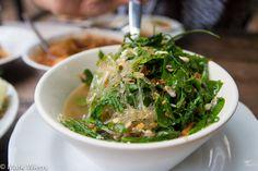 Kaeng pak wan kai mod daeng (แกงผักหวานไข่มดแดง)