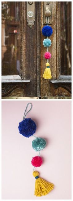 Pom Pom Tassel DoorKnob DecorationI like Pom Pom DIYs because all you need is scrap yarn, cardboard or a fork, and scissors. For more Pom Pom DIYs - from flowers to garlands - go here. Find this quick and easy DIY Pom Pom Tassel Doorknob. Easy Craft Projects, Yarn Projects, Crochet Projects, Wallpaper Flower, Pom Pom Crafts, Pom Pom Diy, Diy Y Manualidades, Pom Pom Garland, Yarn Pom Poms