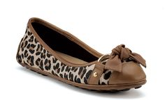 totally bought these yesterday & am so excited to get them :) i love sperry!