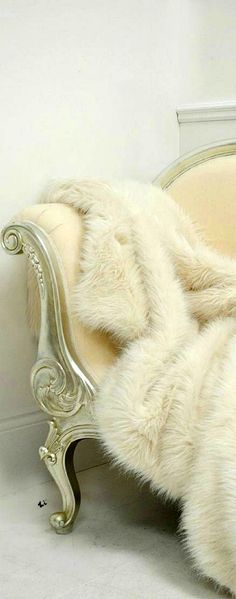 Luxury Home Design - #Fur #throw- - ♔LadyLuxury♔