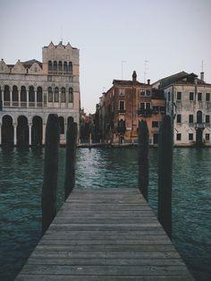 Venice, Italy / photo by Francesco Romito