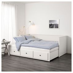 IKEA - HEMNES Daybed frame with 3 drawers white & BRIMNES Daybed frame with 2 drawers white | Pinterest | Daybed ...