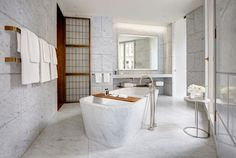 Marble Bathroom suites for that modern interpretation of contemporary living. Image courtesy, Hotel Café Royal