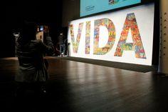 Mural participativo terminado por BOAMISTURA en el Caixa Forum Auditorium de Madrid