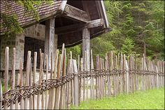 In Mösern, Austria you can still see traditional fences which are made completely without nails; the only materials used are branches and saplings.