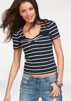 Aniston T-Shirt, im Marine-Look ab 17,99€. Damenshirt in trendigem Streifendessin, Mit kurzen Ärmeln, Eckiger Ausschnitt mit Zierschlaufe und Raffung bei OTTO