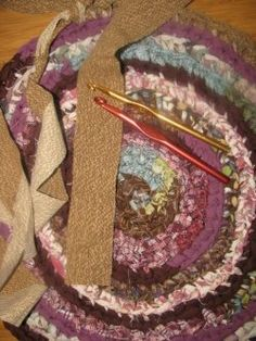 Crochet Rag Rugs. Great video easy to follow!