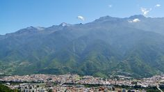 Foto del Open Andes 2012 parapente y panorámica de #Merida #Venezuela Saludos