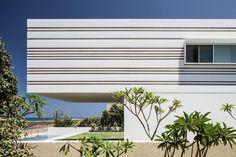 Galeria de Casa no Mar / Pitsou Kedem Architects - 1