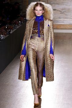 L'Wren Scott Fall 2013 Ready-to-Wear Fashion Show - Eleonora Baumann Love Fashion, Runway Fashion, Fashion Show, Autumn Fashion, Womens Fashion, London Fashion, High Fashion, Tweed, L'wren Scott