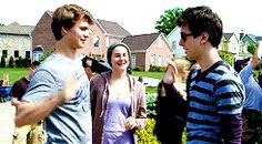 Ansel be all 'high five biatch!'