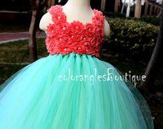 Tutú de la flor chica vestido melocotón por coloranglesBoutique