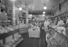 An interior shot of the ASCO Grocery store in Tyrone, Pennsylvania during the 1940s. #vintage #supermarket #shopping