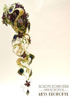 Bouquet de Mariée sculpturale réalisé par Ness Klorofyl de la boutique Klorofyl Flower Design - Dilbeek pour le concours de bouquets de mariées de Fleuramour 2015