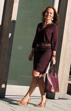 Monochromatic Burgundy   Lady of Style