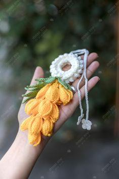 Crochet Flowers, Crochet Ideas, Crochet Earrings, Diy, Quilts, Jewelry, Scrappy Quilts, Small Flowers, Jewlery