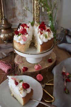 Patty's Cake Tres Leches Cake, Cake Blog, English Food, Fabulous Foods, Creative Food, Beautiful Cakes, How To Make Cake, My Recipes, Yummy Treats