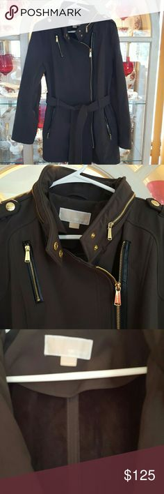 Michael Kors  beautiful lined coat Like new!! Gorgeous coat!! Michael Kors Jackets & Coats