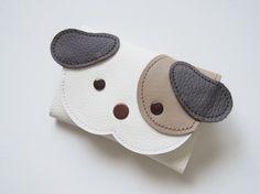 ぶちわんちゃん名刺・カードケース(白・茶)|名刺入れ・カードケース|☆pururu☆|ハンドメイド通販・販売のCreema Diy Leather Gifts, Leather Bags Handmade, Handmade Bags, Leather Craft, Leather Tassel Keychain, Leather Wallet, Leather Bag Pattern, Coin Purse Pattern, Toddler Bag