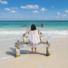 Hay viajes que no se piensan mucho y para esos momentos de relax aventura o mucha playa están las Escapadas Despegar. Paquetes ajustados a tu tiempo con todas las comodidades en destinos increíbles. Mira nuestras historias destacadas y entérate de todo lo que tienes que saber sobre estos viajes cortos listos para disfrutar.  #Cancún #Escapadas #Despegar #Playa  #VivirViajando Outdoor Furniture, Outdoor Decor, Beach Mat, Outdoor Blanket, Relax, Instagram, Elopements, Destinations, Adventure