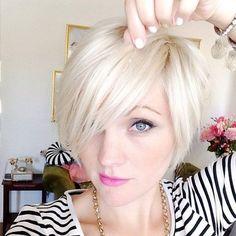 Klassisch und trotzdem modern: 10 kurze BOB-Frisuren für Frauen mit glatten Haaren. - Neue Frisur