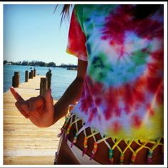 DIY tiedye and criss cross fringe, doin this with an extra large tee for a bathing suit cover for my cruise!