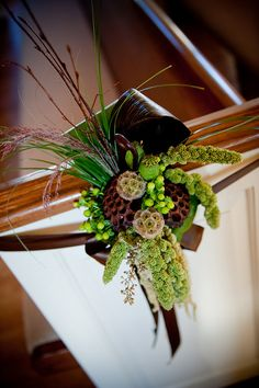 green pew marker-millet, grasses, berries, scabiosa, and lotus pods.This has fun texture! Aisle Flowers, Wedding Ceremony Flowers, Floral Wedding, Wedding Bouquets, Church Wedding Decorations, Wedding Centerpieces, Aisle Decorations, Pew Markers, Arte Floral