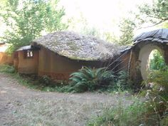 Cob Cottage Company  by cami renfrow, via Flickr