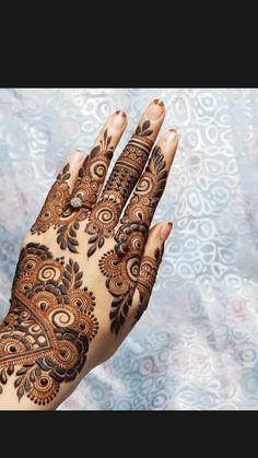 Easy Mehndi Designs, Latest Mehndi Designs, Bridal Mehndi Designs, Khafif Mehndi Design, Floral Henna Designs, Back Hand Mehndi Designs, Beginner Henna Designs, Henna Art Designs, Mehndi Design Pictures