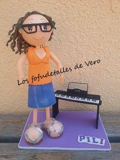 Fofucha pianista con organo..