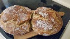 Ψωμί χωρίς ζύμωμα στη γάστρα Dutch Oven Bread, Good Food, Yummy Food, Delicious Recipes, Bread Recipes, Bakery, Dessert Recipes, Desserts, Easy Meals