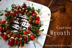 Caprese Wreath – The Newlywed Chefs Holiday Party Appetizers, Quick Appetizers, Appetizer Recipes, Xmas Party, Italian Christmas, Christmas Eve, Christmas Sweets, Easy Dinner Recipes, Holiday Recipes