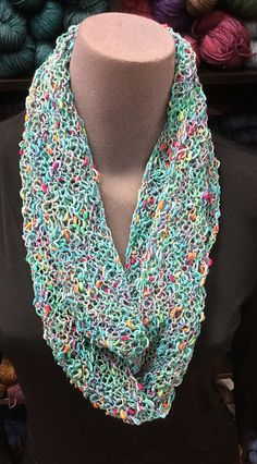 Free Pattern: Cin Cin Summer Cowl by Roxanne Yelle