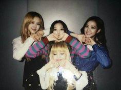 Rose, Jennie, Jisoo e Lisa <3