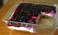Fresh blueberry cheesecake pie with homemade crust written by: CisseS Summer is fast approaching and that means lots of good and healthy fruits and berries come in season, including blueberries. And there's nothing better than a Blueberry Cheesecake Pie, Blueberry Topping, Cheesecake Recipes, Dessert Recipes, Blueberry Delight, Cheesecake Crust, Blueberry Sauce, Raspberry Sauce, Strawberry Sauce