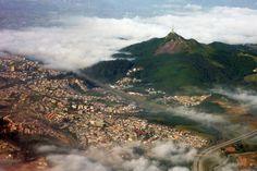 Pico_do_jaragua_aerial_2010
