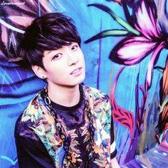 Does Jungkook from BTS fit the Korean Beauty Standard? - Random ...