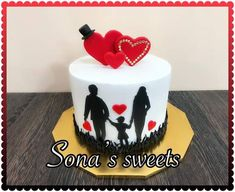 Royal Cakes, Baby Birthday Cakes, Cakes For Men, Love Cake, Cake Designs, Pineapple, Food And Drink, Sweets, Desserts